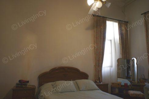 LivingInCy LCY R605 08